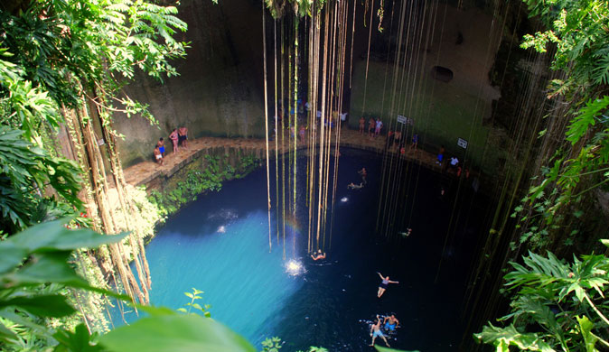 Chichen Itza and Cenotes Tour